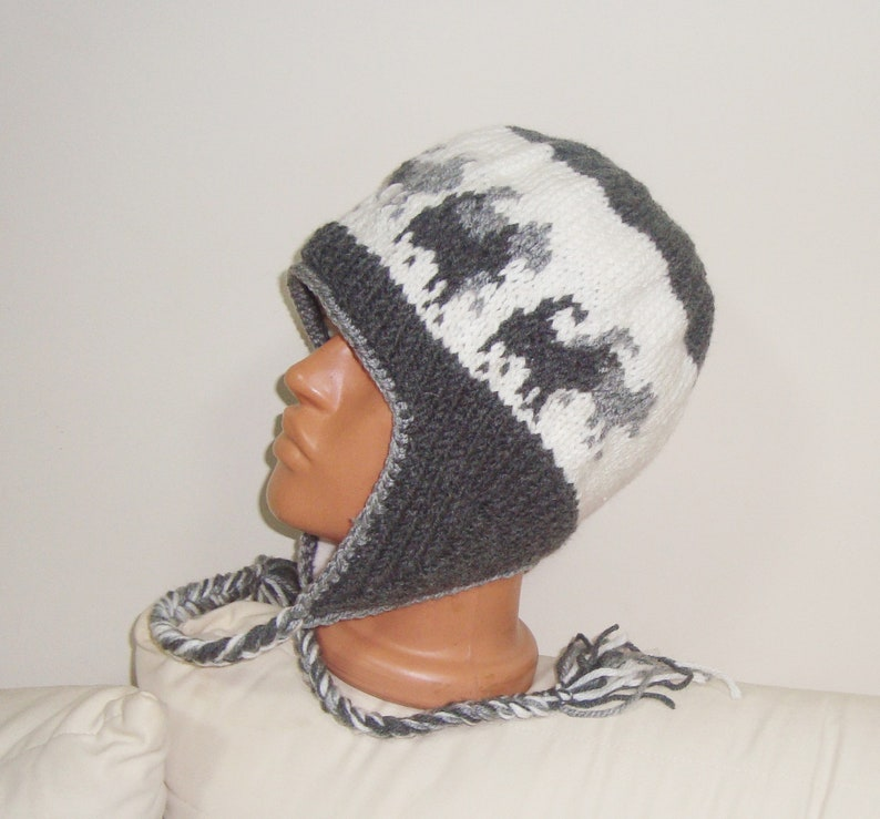Fleece Lined Sled Dog Hat Men/'s Women/'s Hand Knit Knitted ear flap earflap Warm Winter Gray Dog Sledding hat