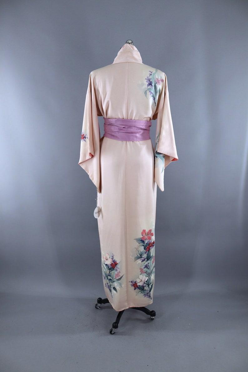 Lingerie Loungewear Vintage Silk Kimono 1980s 1990s Art Deco Wedding Dressing Gown Light Pink Floral