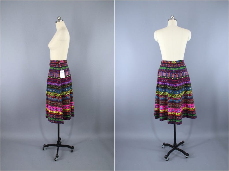 Neon Pink Vintage Skirt 1960s Novelty Print Boho Hippie Midi Mid Length Festival Style Black Floral