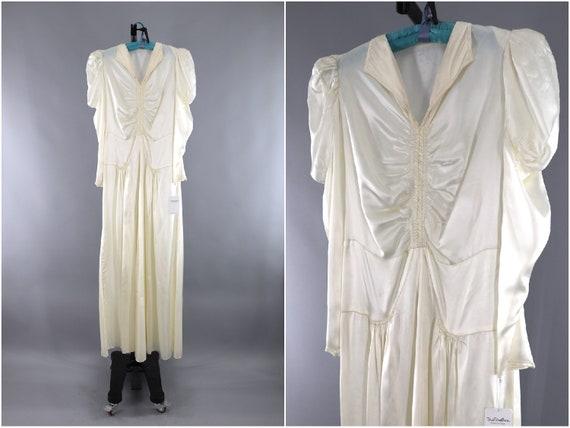 Vintage 1940s Wedding Dress / 1930s Bias Cut Ivory Satin