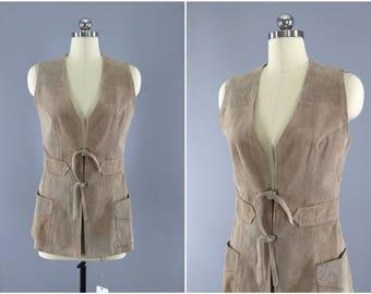 Vintage 1970s Suede Vest / Tan Leather / Western Style / Biker Vest / Hippie Vest / Bohemian Style / Paget England