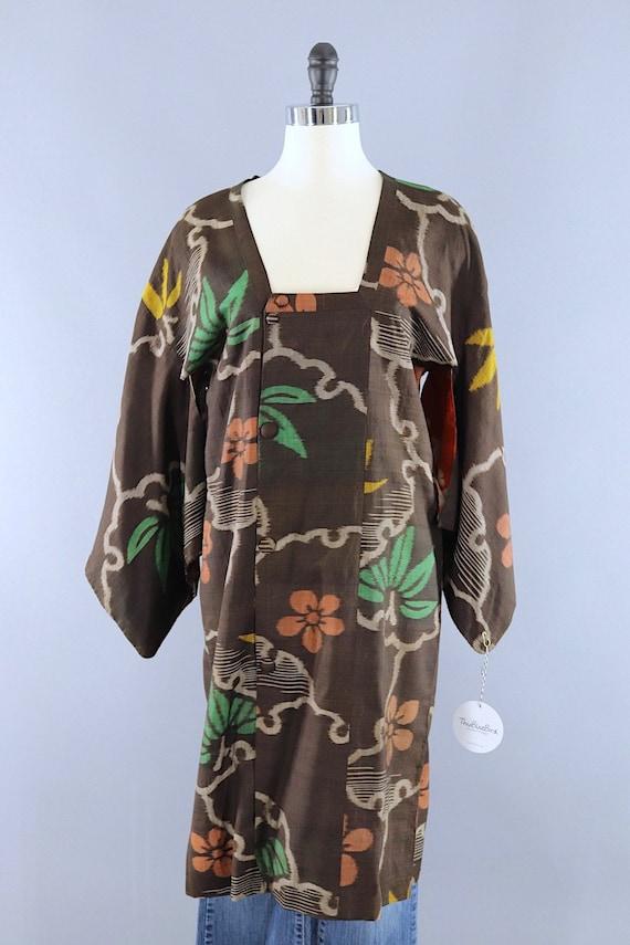 Vintage Silk Kimono Coat, Short Robe, Duster Jack… - image 2