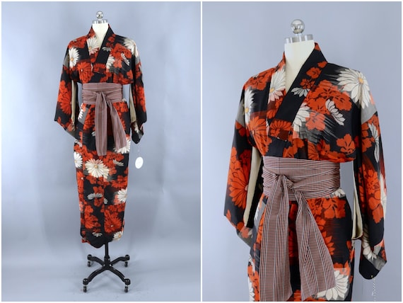Vintage Silk Kimono, Dressing Gown Robe, Wedding L