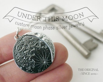 UNDER THIS MOON / Keychain - Customised lunar phase keychain of your special night in silver 925, realistic moon, supermoon, birth moon