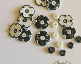 Black and White Lampwork Glass flowers Beads, FREE SHIPPING, Handmade lampwork disc beads- Rachelcartglass