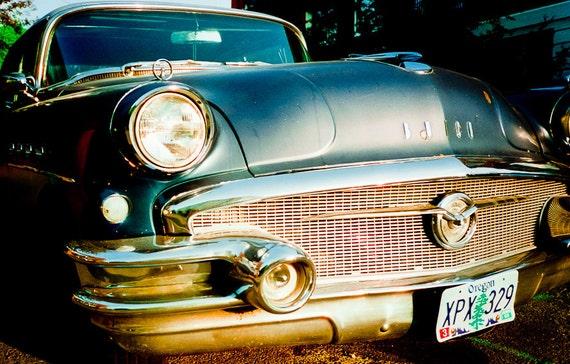 Vintage 50s coche Fotografía super 4 puerta Buick azul metalizado coches americano 1950s coches de acero loco Ella es un ángel de la chatarra foto