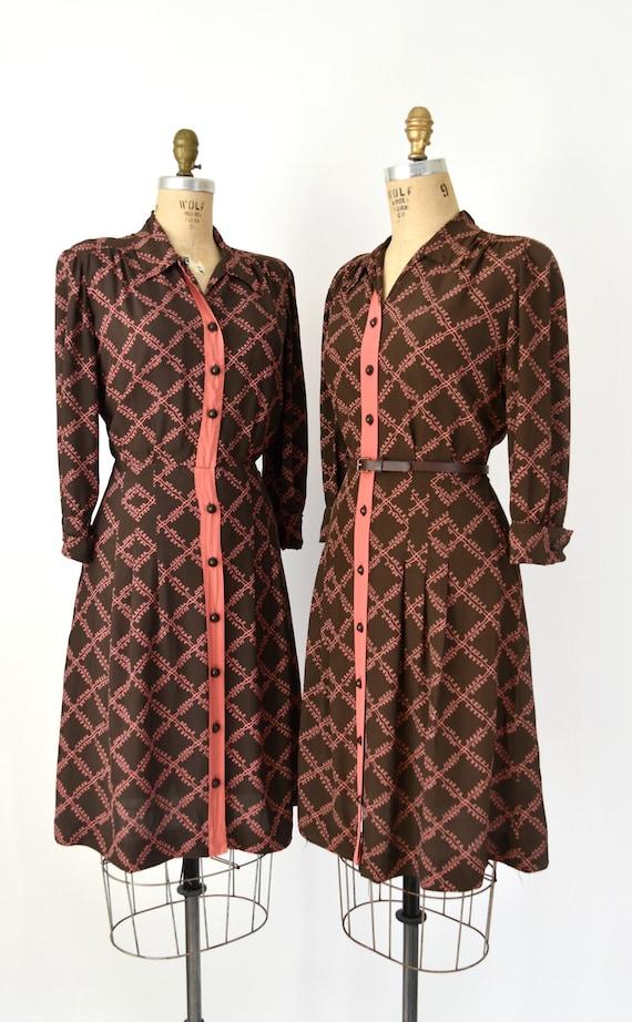 CLEARANCE SALE - 1940s Vintage Dress - 40s Brown &