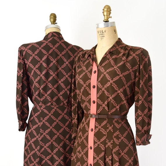 CLEARANCE SALE - Vintage 1940s Dress - 40s Brown a