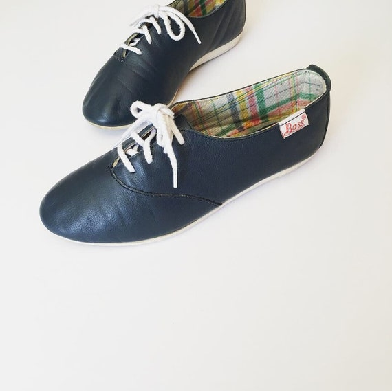 1980s Vintage Shoes - 80s Navy Blue Leather Flat S