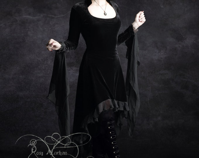 Circee Romantic Gothic Dress
