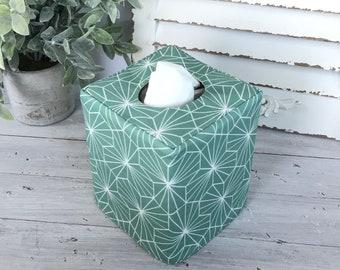Green geometric reversible tissue box cover