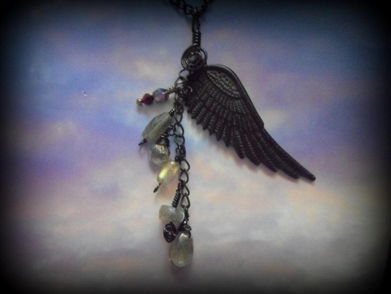 Final Fantasy Raven Swan Crow Black Wing ff8 Ultimecia Wing Labradorite Sword Art Online Necklace Pendant