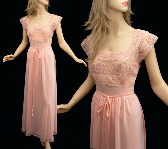 Vintage 50s Pink Nightgown // 1950s Nylon and Lace