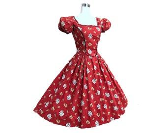 Vintage 50s Tina Leser Dress Cottagecore Red Folkloric Floral Cotton Print