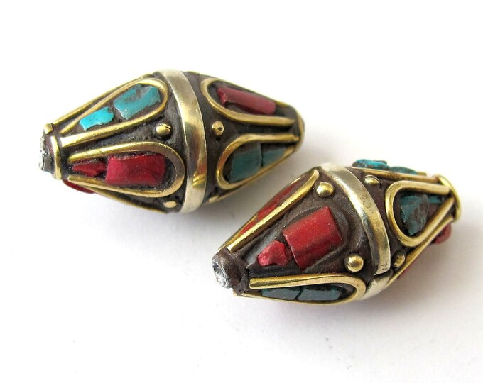 Nepalese bicone focal pendant bead - 1 bead - BD052