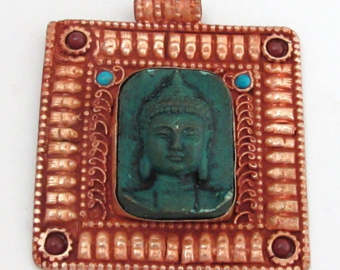 Gorgeous Square shape Green Buddha pendant with ethnic tibetan filigree design - PM109E