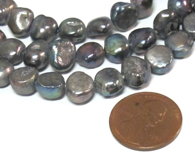 10 Beads  -  Peacock Grey color  irridescent freshwater cultured pearl  beads hole drilled - PL026B