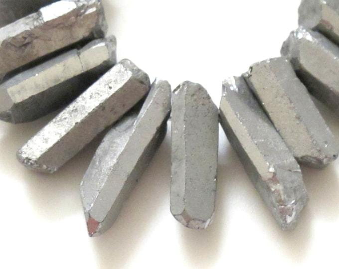 10 BEADS - Grey titanium quartz points - GM303