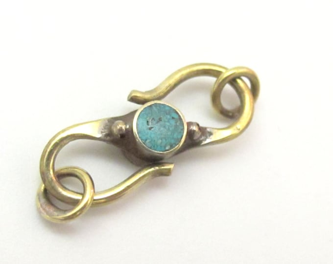 1 clasp - Brass S hook Reversible clasp from Nepal with turquoise and lapis inlay - BD604C