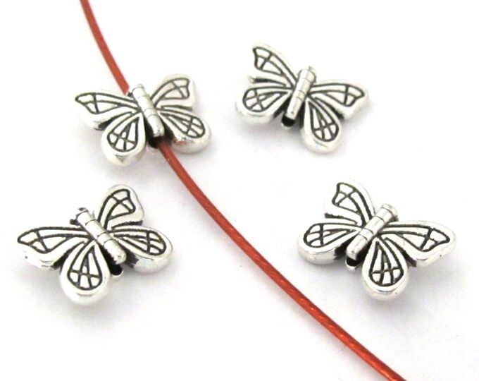 8 Beads - Beautiful butterfly antiqued silver toned metal beads - BD916