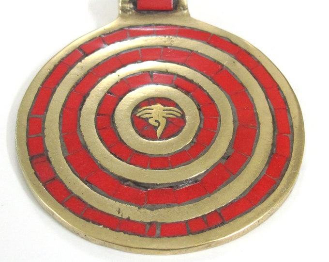 1 Pendant - Large Tibetan brass pendant Buddha eye concentric circles design with coral inlay - PM273C