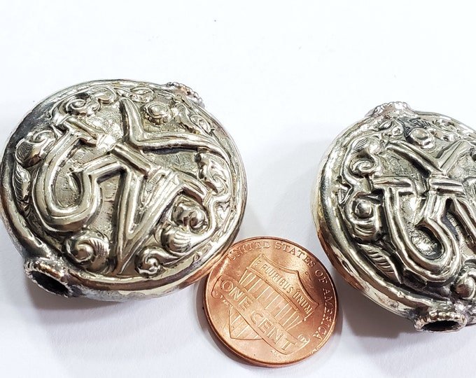 1 Bead - Large size Tibetan silver OM inscribed floral repousse beads round disc shape om aum mantra yoga meditation bead supply - BD140A