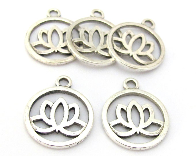 10 charms - Tibetan Lotus flower antiqued silver tone light weight metal charms  - CM160