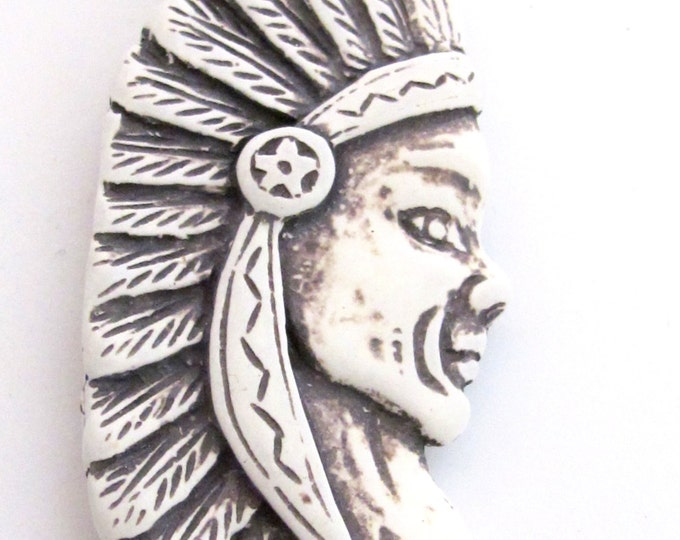 1 Pendant - Large Native Indian chief resin pendant - PB085
