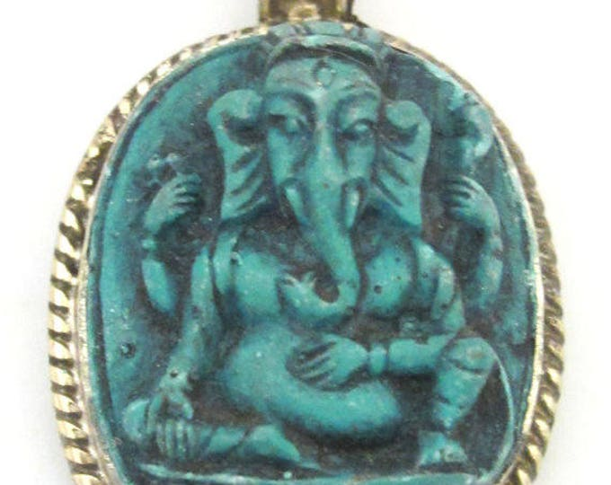 1 pendant - Oval shape Green Ganesha pendant - PS004B - copyright Nepalbeadshop