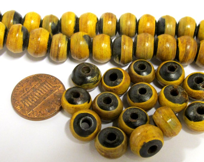25 BEADS - Tibetan rondelle shape burnt horn beads 10 mm size - ML032E