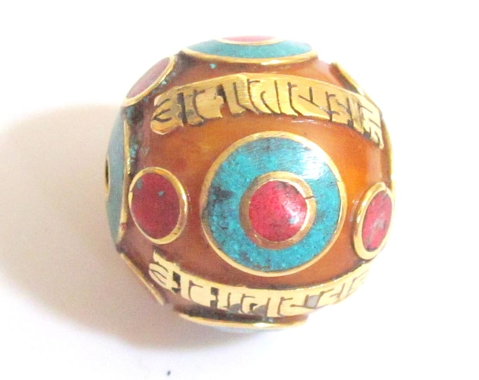 Extra Large 30 mm size Oval shape Tibetan Om mantra honey copal resin bead - 1 Bead - BD378