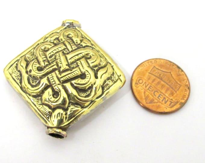 1 Bead - Large size Tibetan brass repousse endless knot design focal pendant bead -  BD845