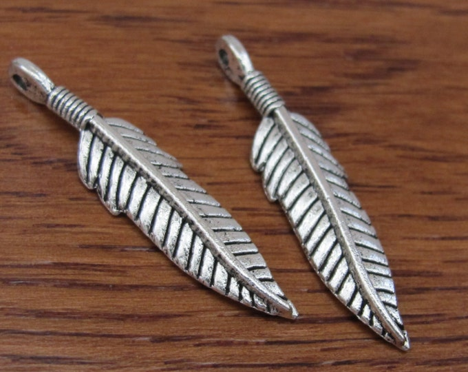 5 Beautiful Feather charms silver tone - 37mm x 9mm - CM023