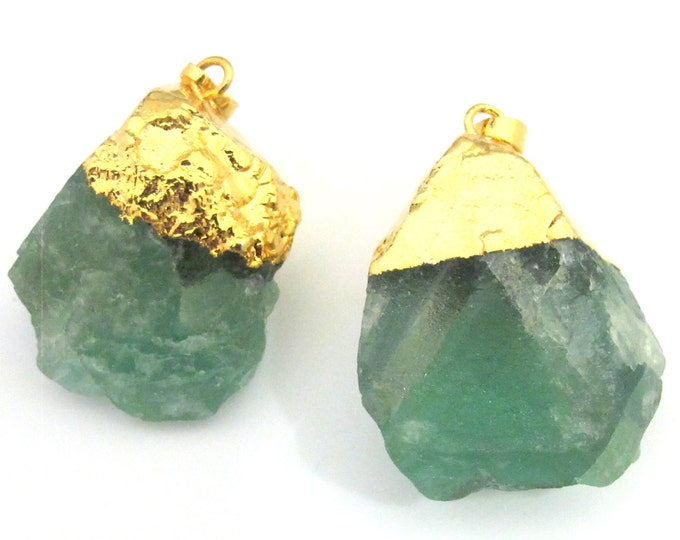 1 Pendant - Rough Green quartz gemstone gold plated pendant - PM326C