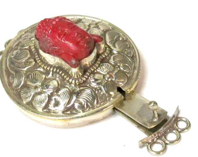 1 clasp - Large round shape  ethnic Tibetan silver finish red buddha box clasp pendant from Nepal - LN039E