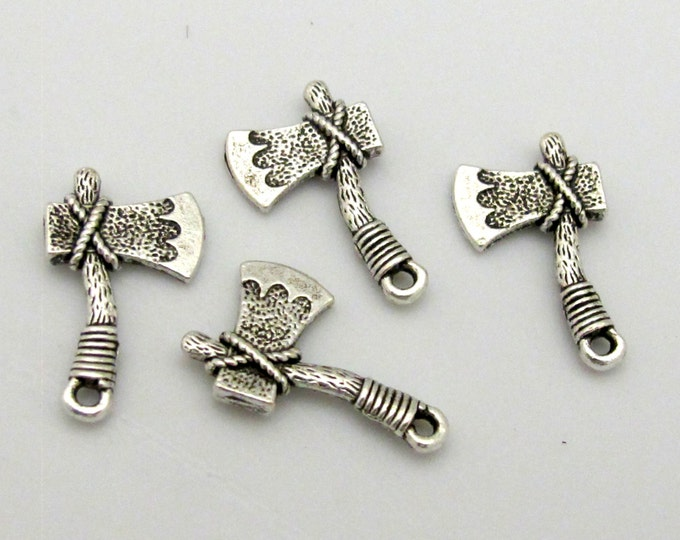 8 charms - Axe shape charms antiqued silver tone plated - CM094