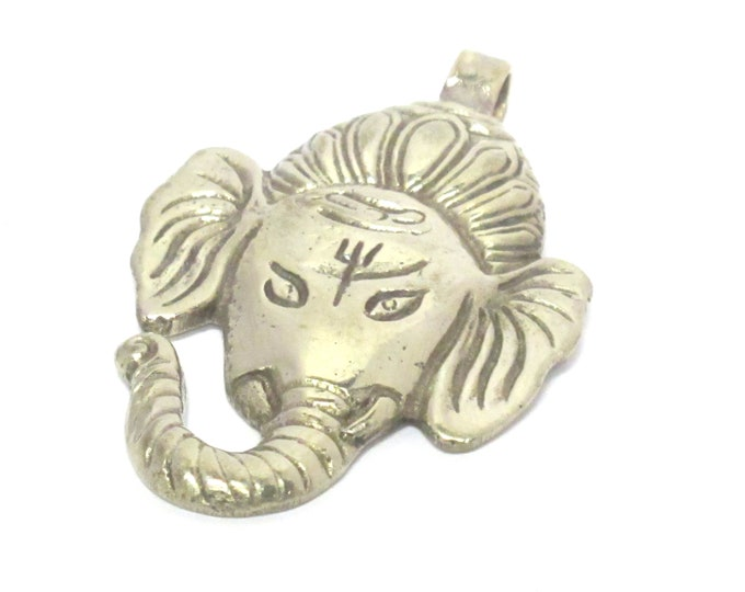 1 Pendant - Large big size Ganesha face pendant with reverse side floral carving from Nepal - CP133