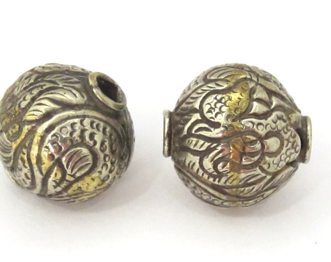 1 BEAD -  Large Size 22 mm Tibetan brass silver repousse dragon carving bead from Nepal -  BD912