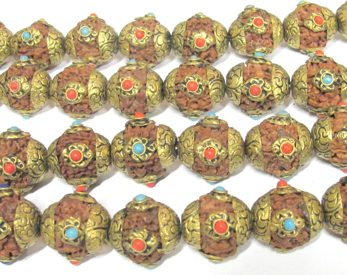 4 Beads - Large size Nepal Rudraksha beads with tibetan brass cap infinity knot design on beads mala making spacer supply - NB157