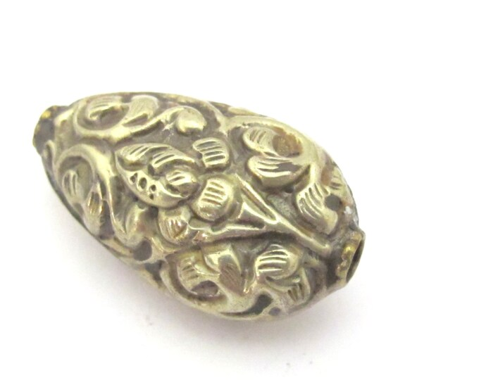 1 Bead - Tibetan Silver carved lotus flower drop shape reversible bead from Nepal  -BD838