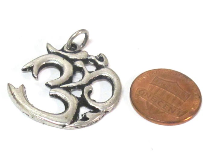 1 pendant - Tibetan antiqued silver finish Om mantra pendant from Nepal - yoga meditation jewelry making supplies CP123