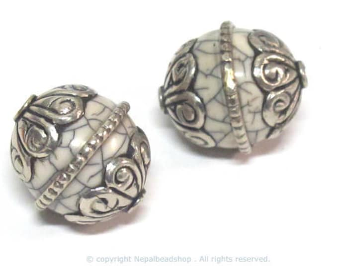 2 beads  - Oval shape Tibetan silver encased wire band white crackle Resin focal bead from Nepal  - BD215Bx