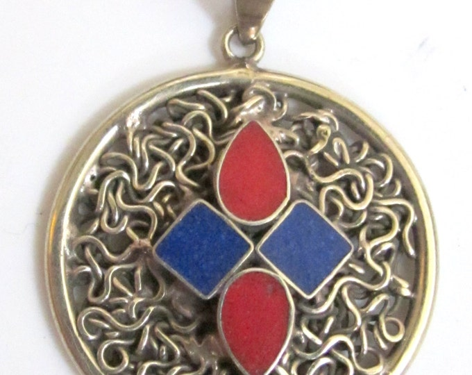 Tibetan wire mesh pendant with lapis coral inlay - PM105
