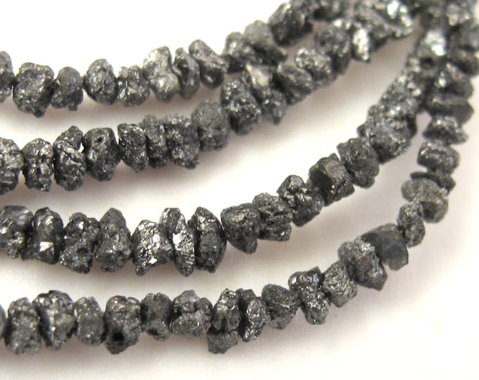 10 very tiny beads - Very Small tiny size Natural raw rough black diamonds nugget beads- GM198