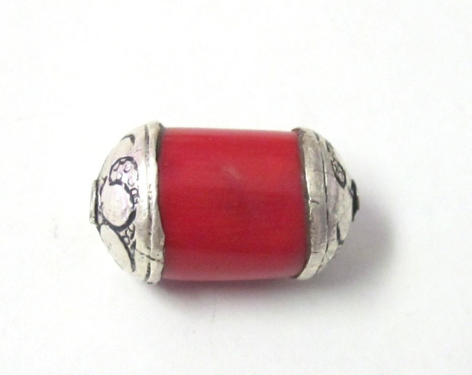 Red Tibetan dyed coral silver capped beads - 1 bead - BD323