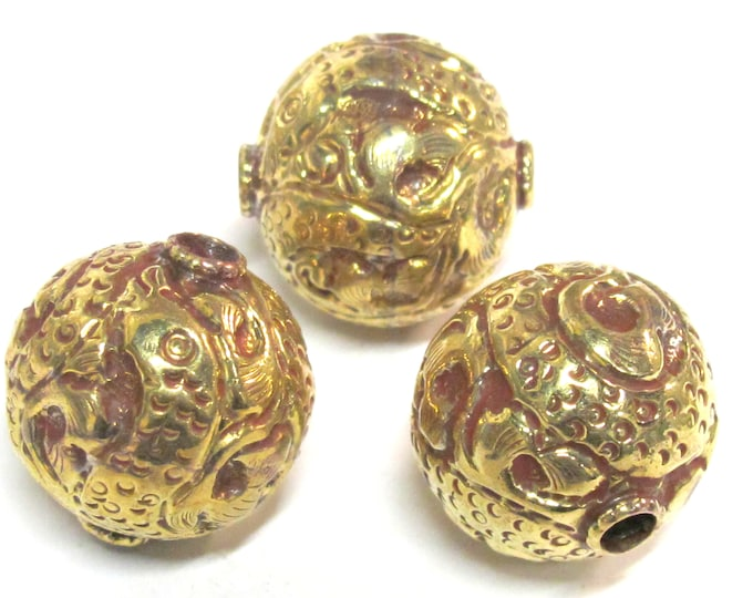 Tibetan beads Nepal brass bead - 1 BEAD -  Large big Size 25 mm ethnic Tibetan brass repousse oval shape dragon snake design beads -  BD892C