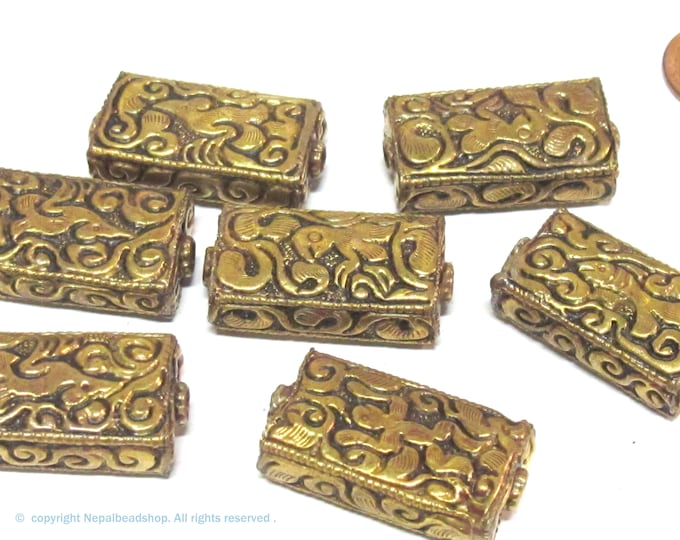 4 beads lot - Rectangular cube shape Tibetan brass repousse random mix floral animal bird carving beads  Nepal - BD631K