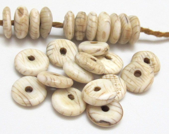 10 Beads - Small Ethnic Naga natural conch shell flat disc beads 10 -11 mm size  - CH057