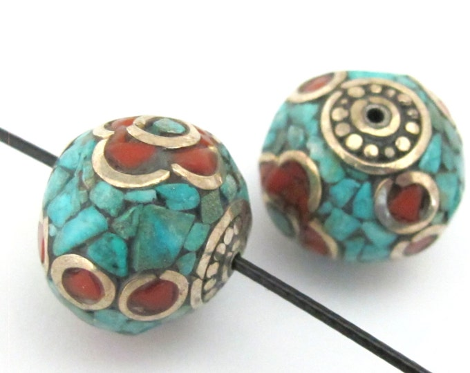 1 BEAD - Thick rondelle nepalese bead - BD078B