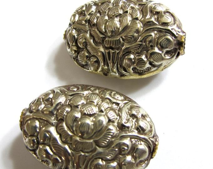 1 Bead - Lotus beads Ethnic tibetan silver bead Nepal bead Large Tibetan silver repousse lotus floral design focal bead- BD460